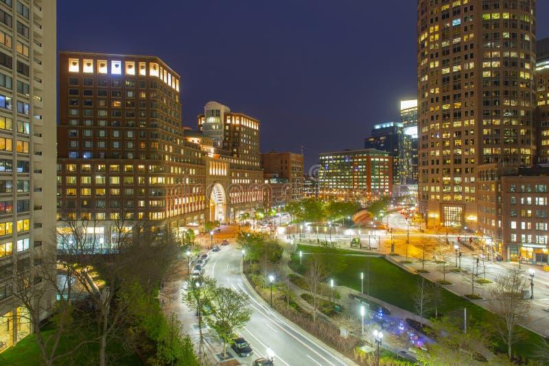 Boston Rowes nabrzeże przy nocą, usa zdjęcia stock