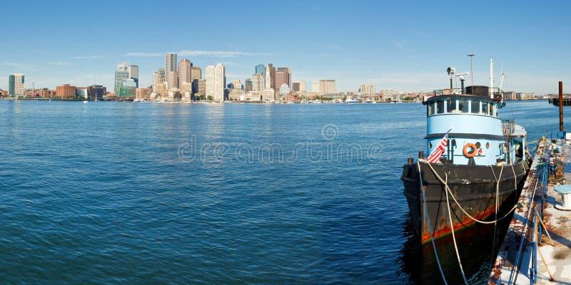 Boston-Skyline-Panorama lizenzfreie stockbilder