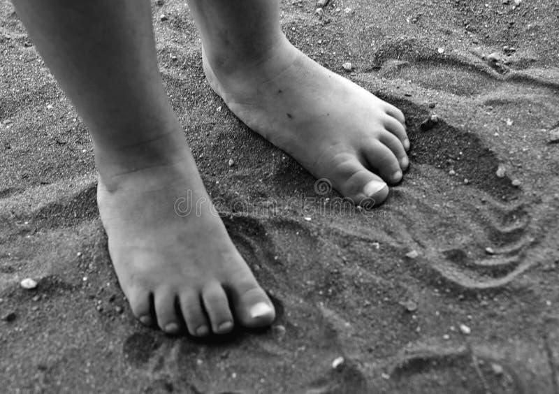 Bosy w piasku zdjęcie royalty free