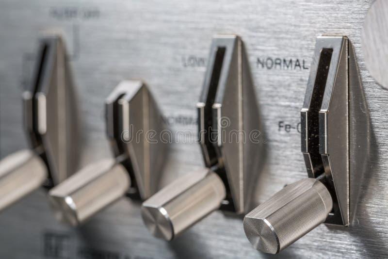 Botão do seletor do vintage Foco no botão do seletor do rec foto de stock