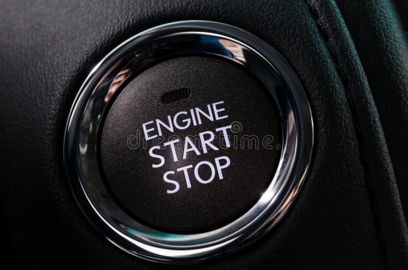 Botón de paro del comienzo y del motor de coche imagen de archivo libre de regalías