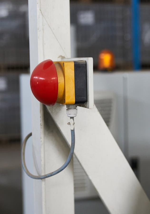 Botón de reinicio rojo del interruptor de paro de emergencia imagen de archivo
