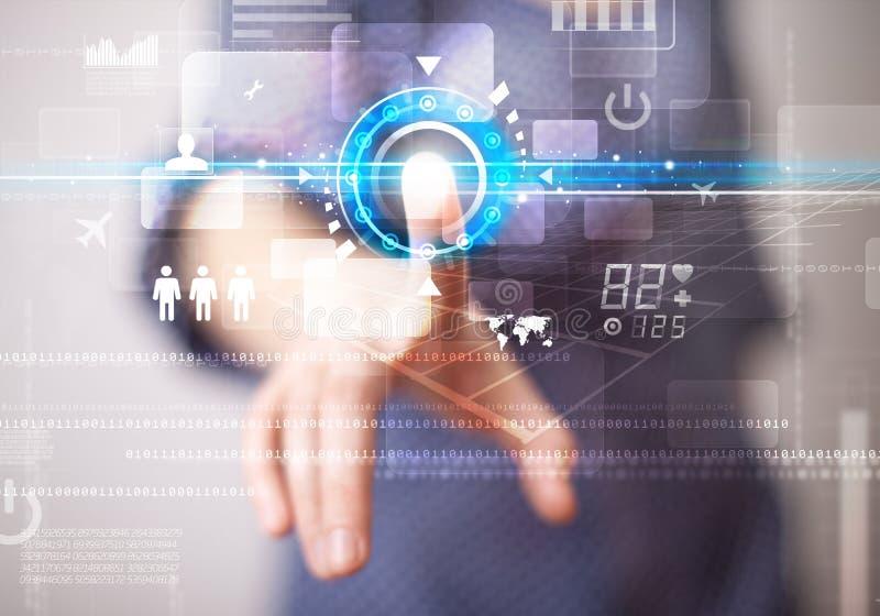 Botões futuros tocantes novos da tecnologia da Web da mulher de negócio e imagens de stock