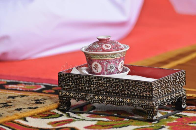 Bot tillverkad keramisk tekopp från Kina arkivfoto