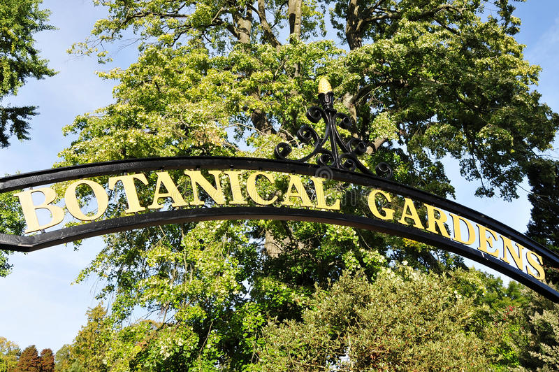 Download Botanical Gardens Stock Image - Image: 24647141