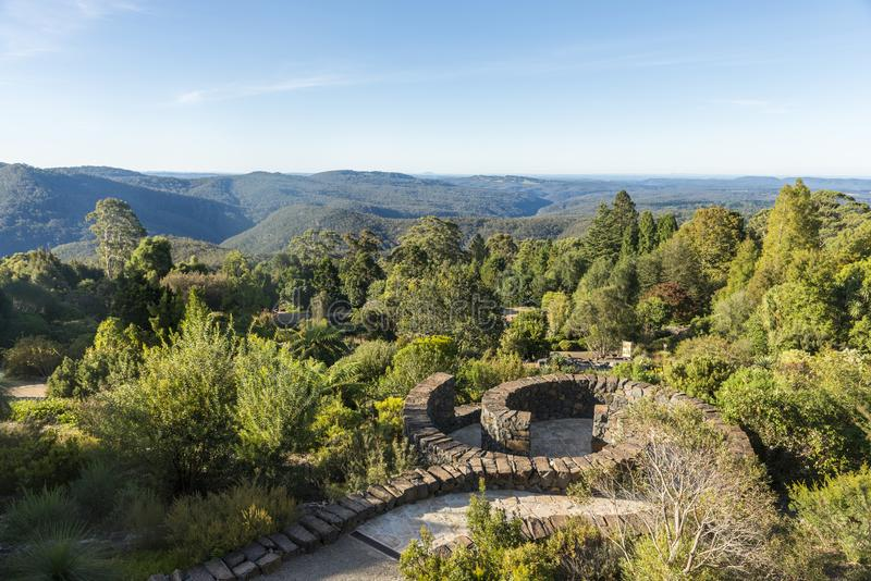 Botanisk trädgård i blå bergnationalpark royaltyfri fotografi