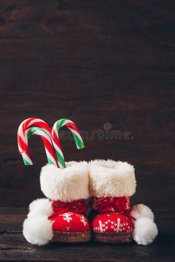 Botas do Natal com doces imagem de stock royalty free