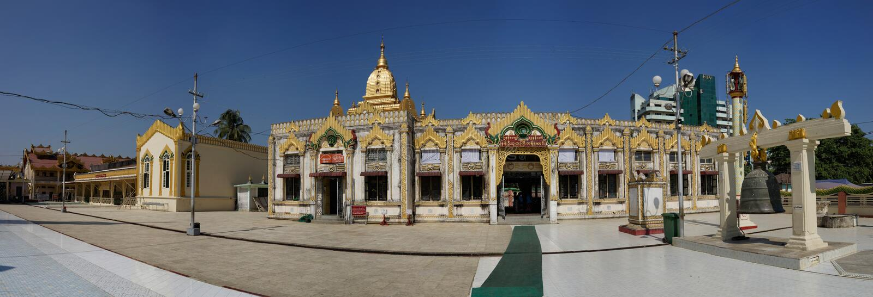 Botataung Paya em Yangon, Myanmar imagem de stock