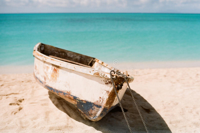 Bote de remos del Caribe foto de archivo