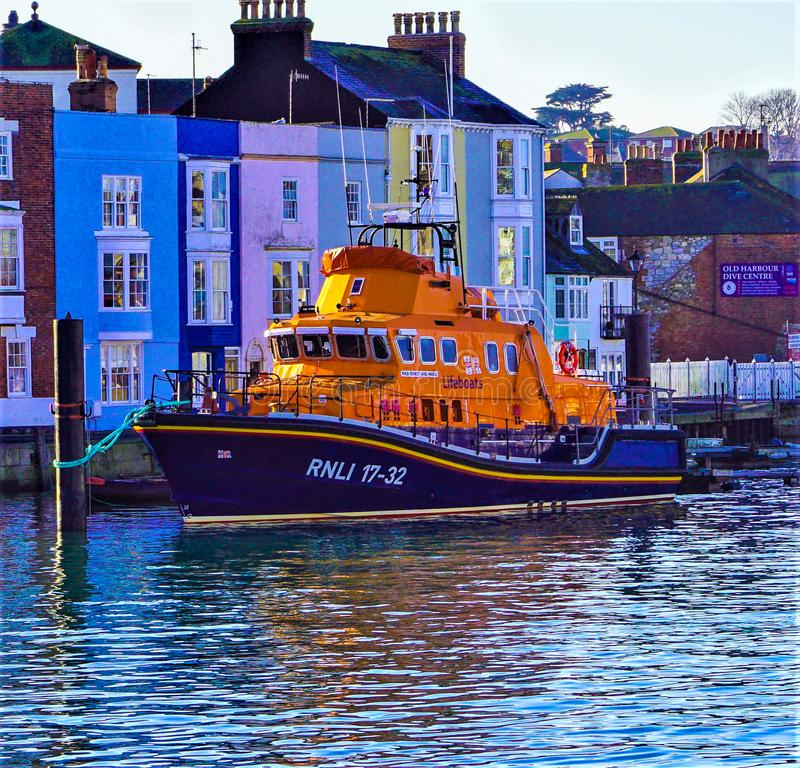 Bote salvavidas de RNLI en Weymouth imagenes de archivo