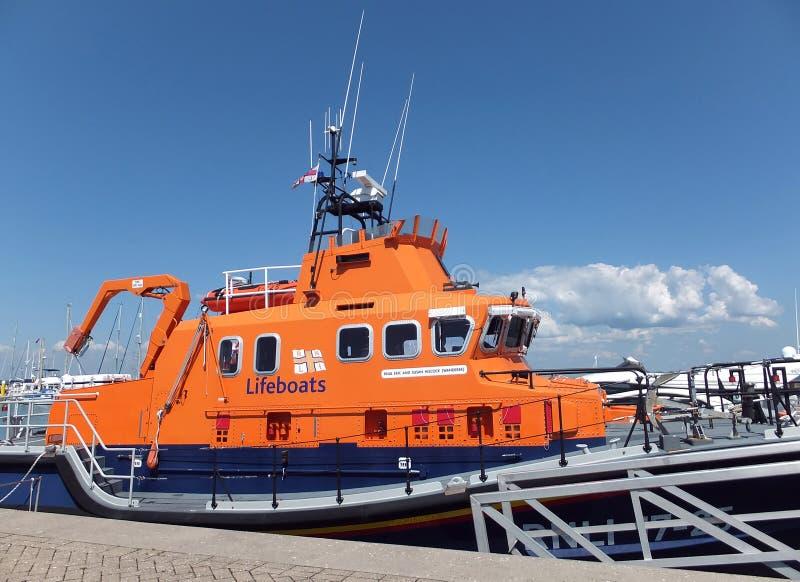 Bote salvavidas de RNLI en Yarmouth, isla del Wight fotografía de archivo libre de regalías