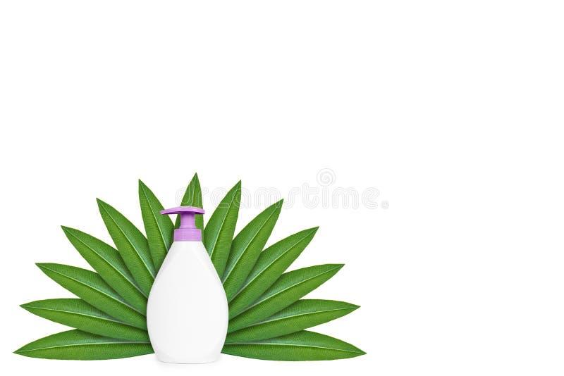 Botella con el jabón líquido en el fondo de hojas verdes Aislado en blanco noción del origen natural fotografía de archivo libre de regalías