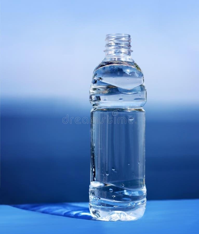 Botella de agua fotos de archivo libres de regalías