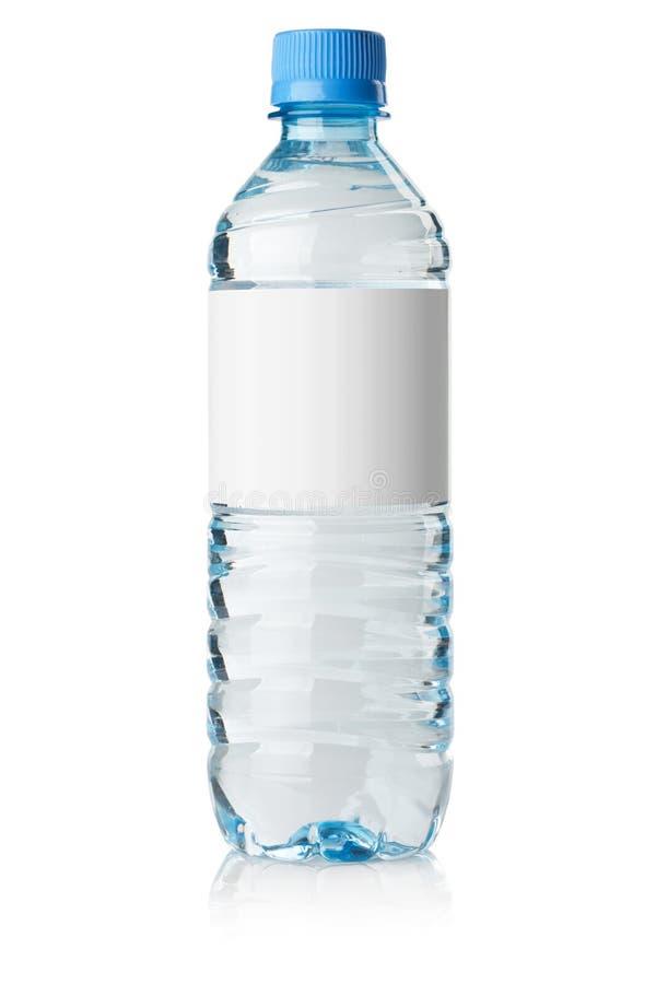Botella de agua de la soda con la escritura de la etiqueta en blanco imágenes de archivo libres de regalías