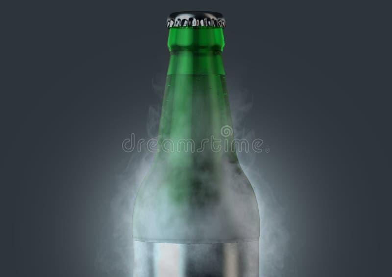 Botella de cerveza con la condensaci?n libre illustration