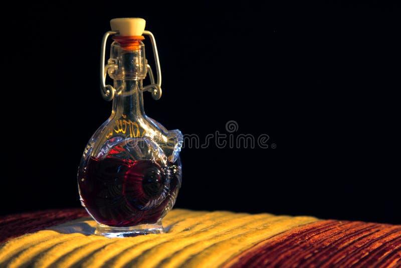 Botella de cristal foto de archivo libre de regalías