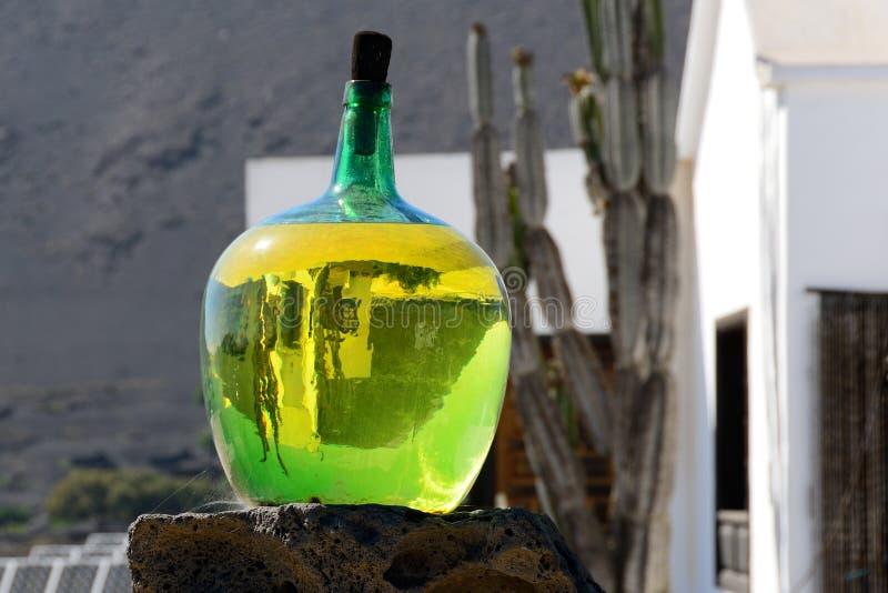 Botella de malvasia imagen de archivo