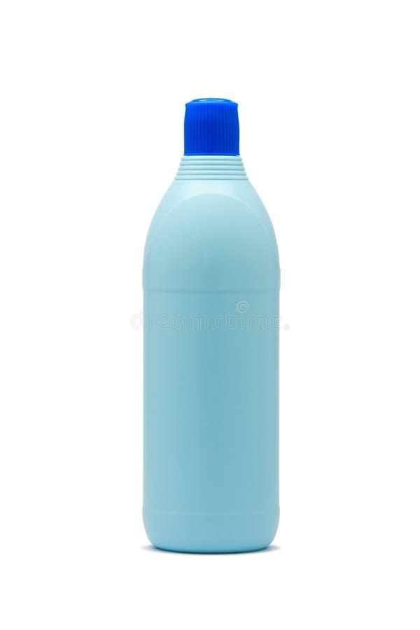Botella plástica azul del blanqueo imagenes de archivo