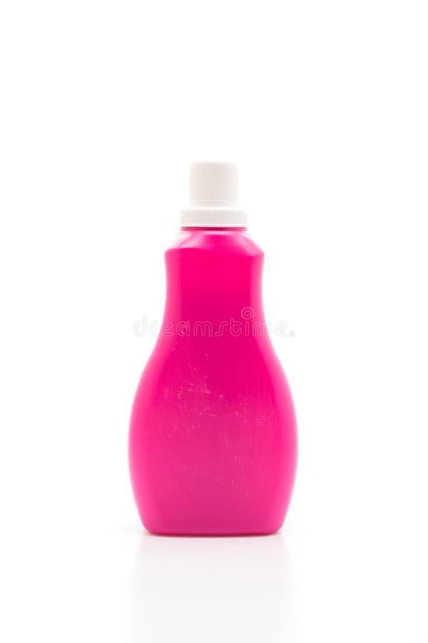 botella plástica rosada para la limpieza líquida del detergente o del piso en el fondo blanco fotos de archivo libres de regalías