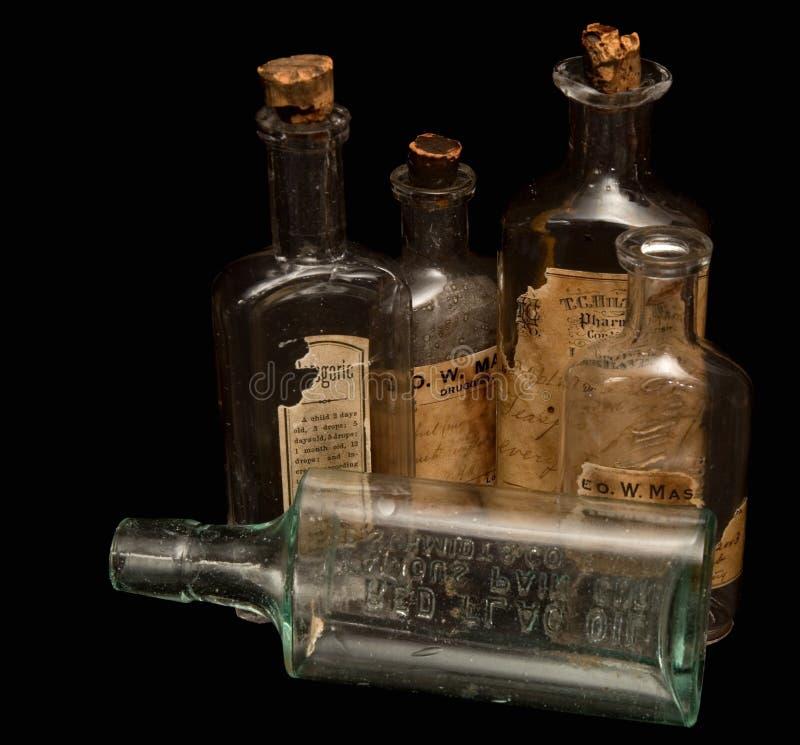 Botellas antiguas de la medicina de la prescripción fotos de archivo libres de regalías
