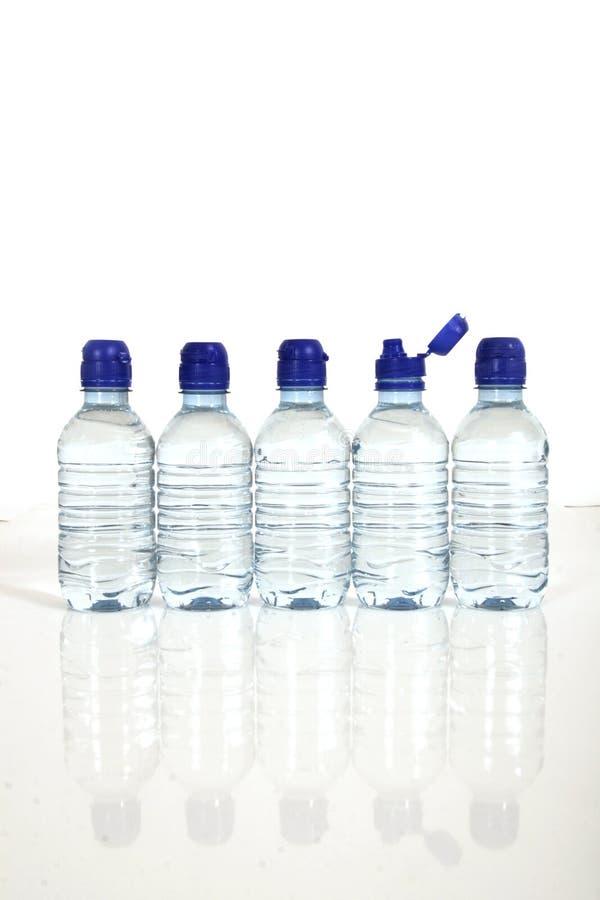 Botellas de agua fotos de archivo libres de regalías