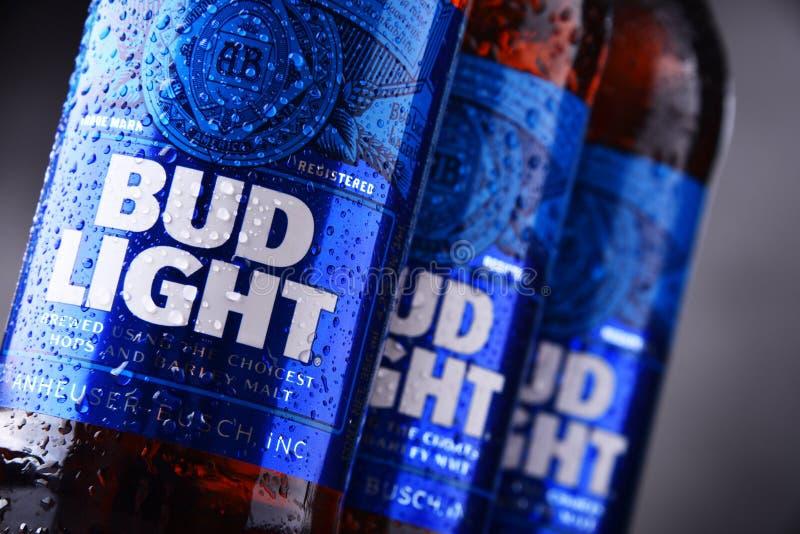 Botellas de cerveza de Bud Light fotos de archivo libres de regalías
