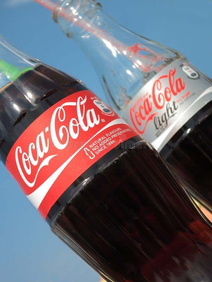 Botellas de la Coca-Cola fotos de archivo libres de regalías