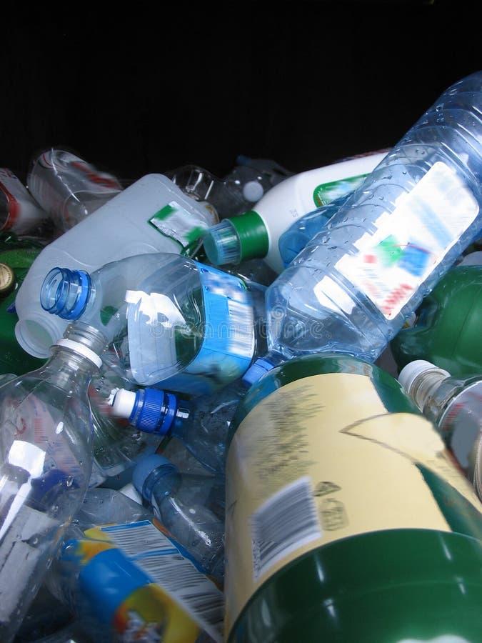 Botellas para reciclar fotos de archivo libres de regalías