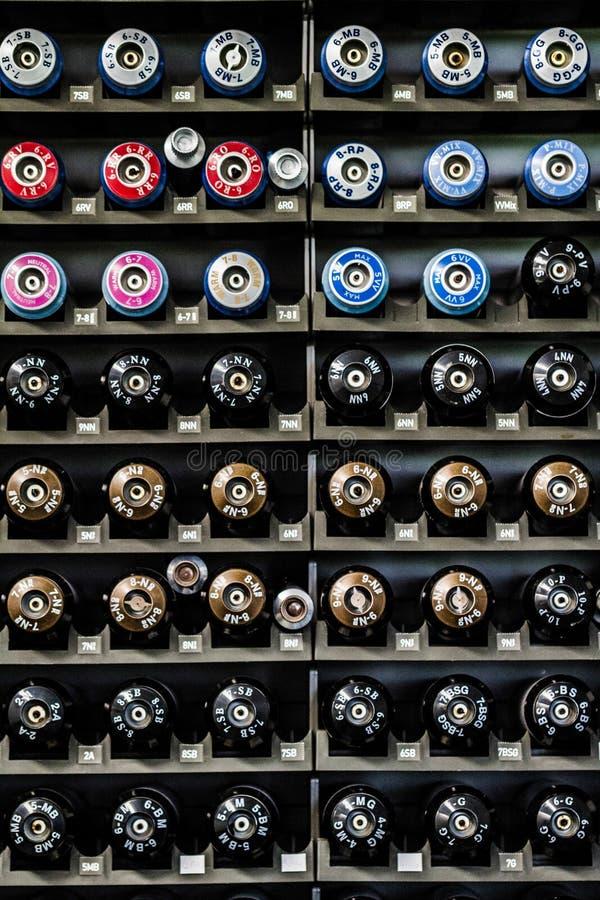 Botellas profesionales de la coloración del cabello foto de archivo libre de regalías