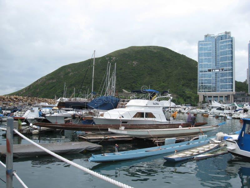 Boten bij de jachthaven in Aberdeen, Hong Kong royalty-vrije stock fotografie