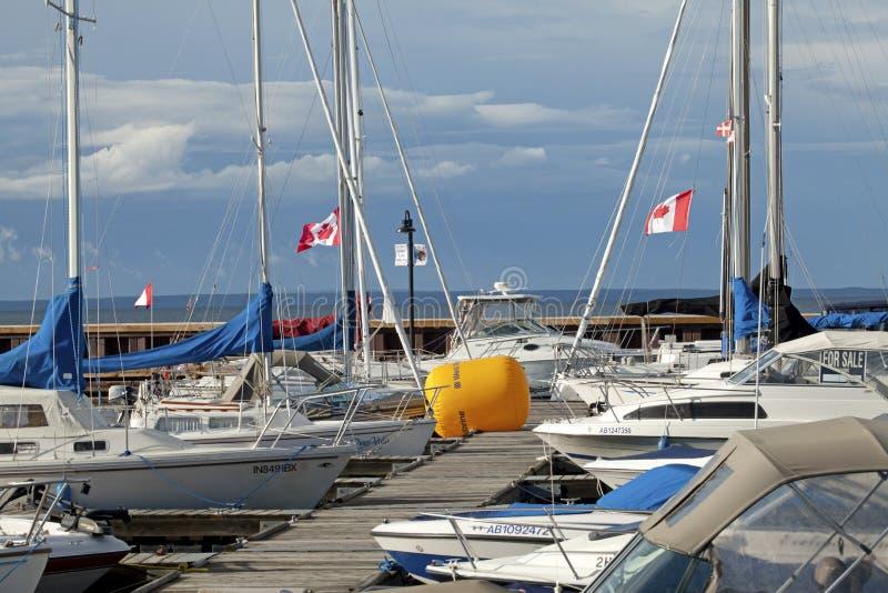 Boten in de haven, Alberta royalty-vrije stock foto's
