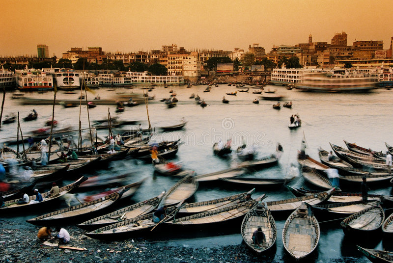 Boten in Dhaka, Bangladesh royalty-vrije stock afbeeldingen