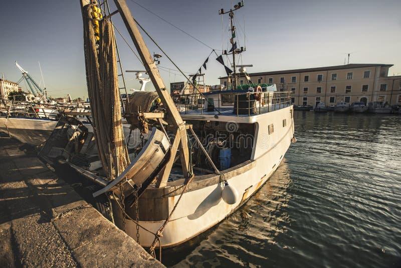 Boten die in de haven van Livorno #2 worden vastgelegd stock afbeelding