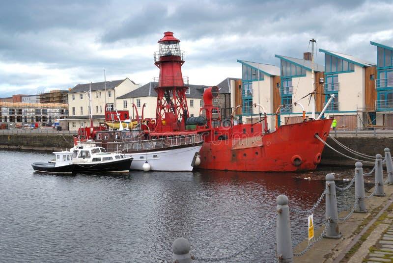 Boten in een haven, Dundee, Schotland royalty-vrije stock foto