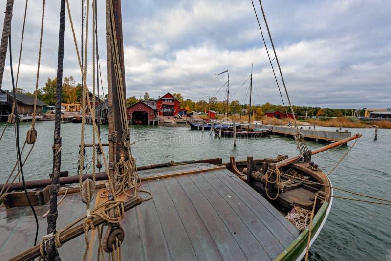 Boten in Maritiem Kwart in Mariehamn, Aland-eilanden royalty-vrije stock foto's