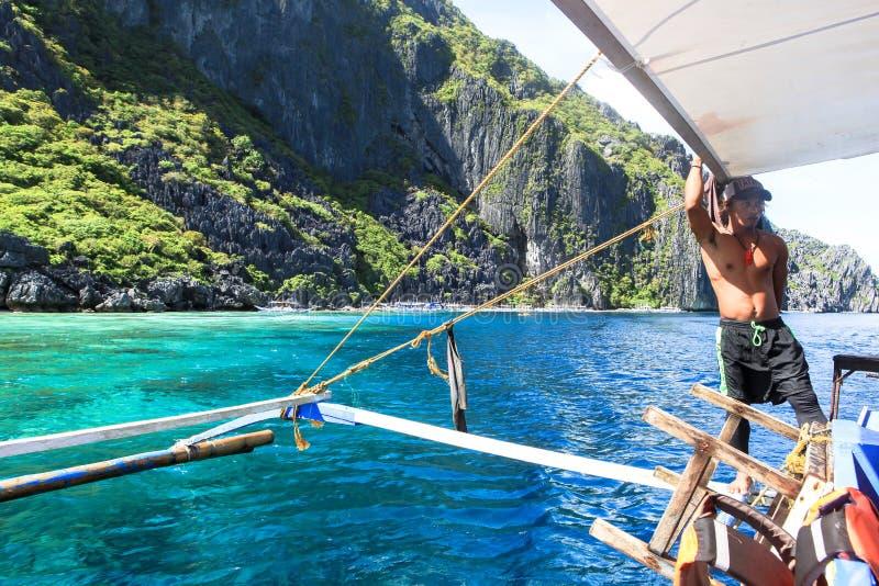 Boten op het strand van Gr Nido, Filippijnen royalty-vrije stock fotografie