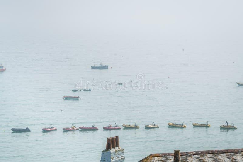 Boten in St Ives baai royalty-vrije stock fotografie