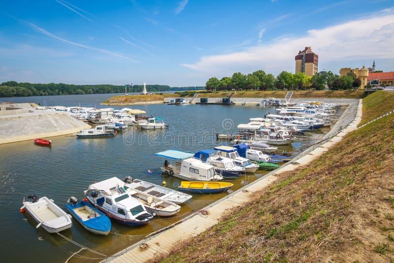 Boten in Vukovar worden vastgelegd die stock afbeelding