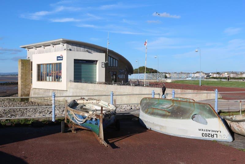 Botes pequeños y estación del bote salvavidas, Morecambe imagen de archivo