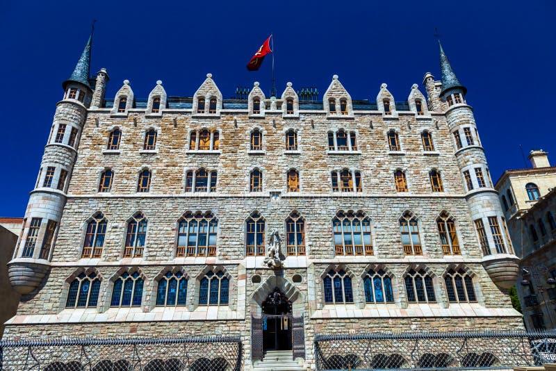 Download Botines Palace stock photo. Image of palace, sunny, landmark - 25517564
