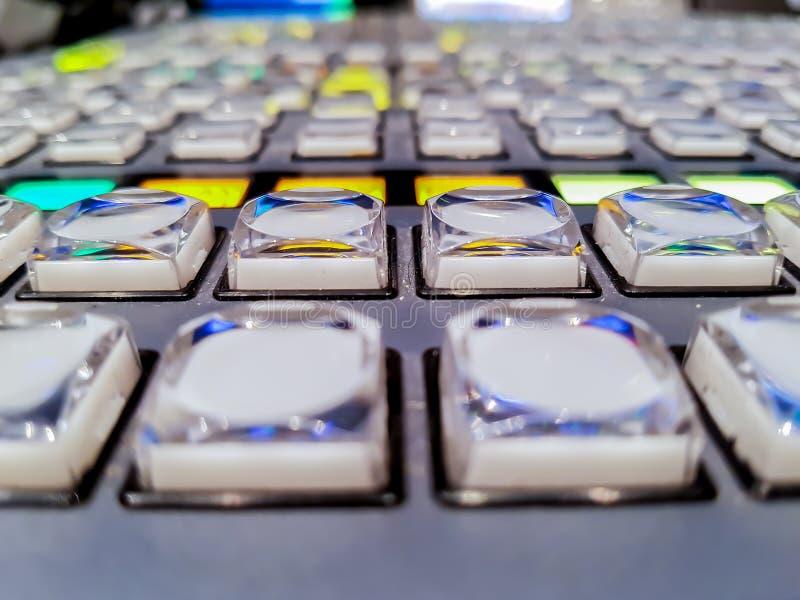 Botones del interruptor en el canal de televisión del estudio fotografía de archivo