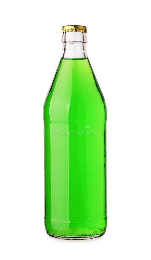 Bottiglia con la bevanda verde saporita fotografie stock