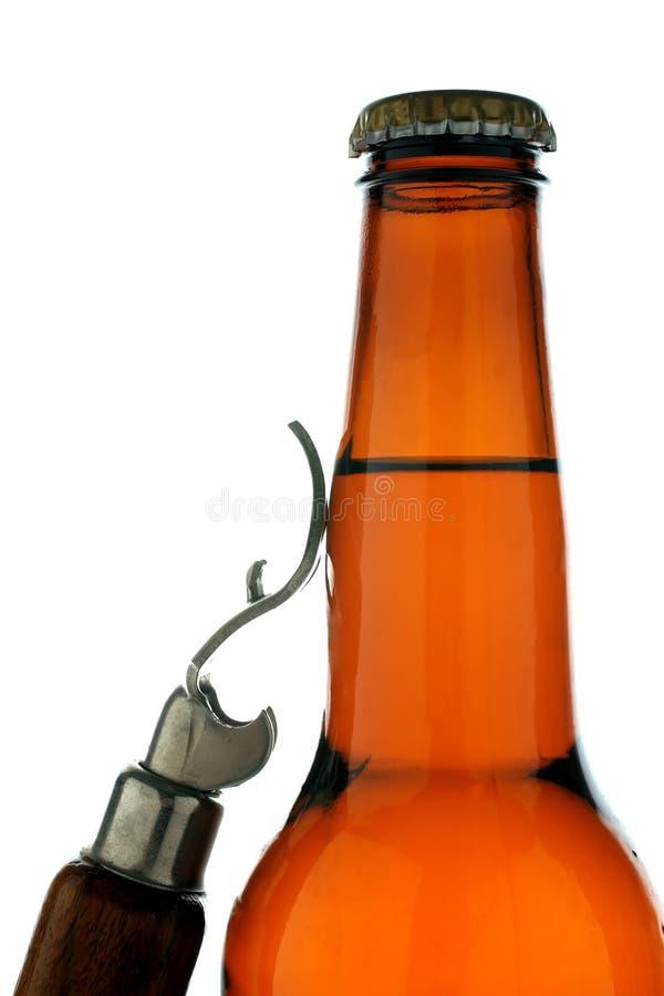 Bottiglia da birra & apri fotografie stock libere da diritti