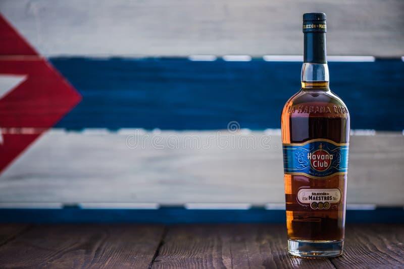 Bottiglia del rum di Havana Club immagini stock