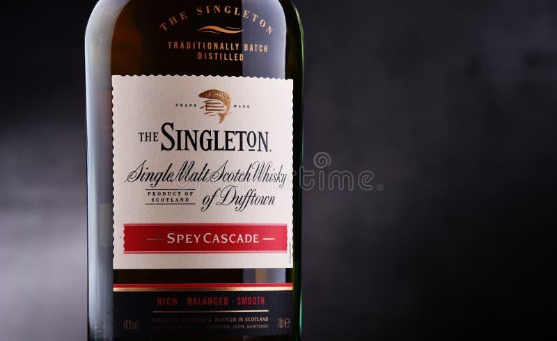 Bottiglia dell'unico nato di Dufftown, whiskey scozzese del singolo malto fotografia stock libera da diritti