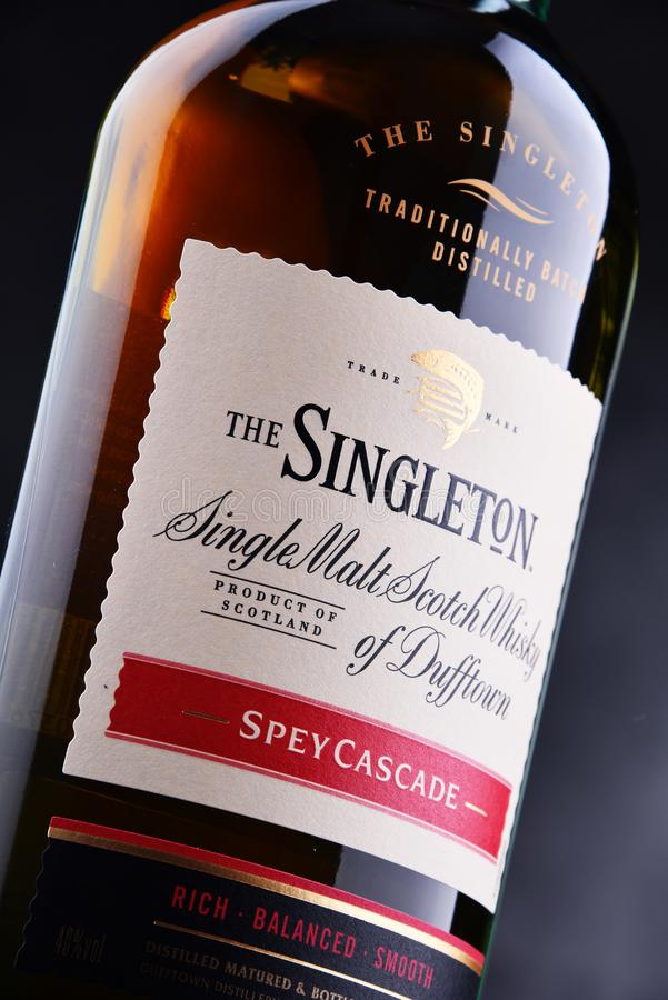 Bottiglia dell'unico nato di Dufftown, whiskey scozzese del singolo malto immagini stock libere da diritti