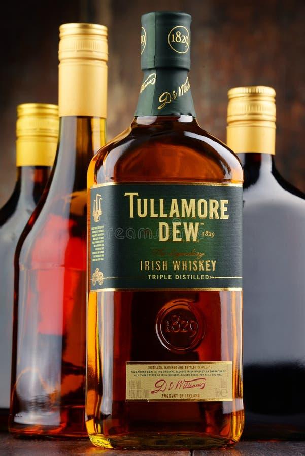 Bottiglia della rugiada di Tullamore, whiskey irlandese fotografia stock
