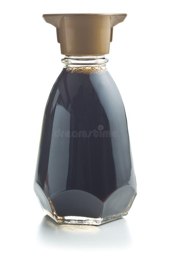 Bottiglia della salsa di soia immagini stock