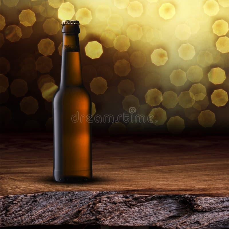 Bottiglia di birra fredda fotografia stock