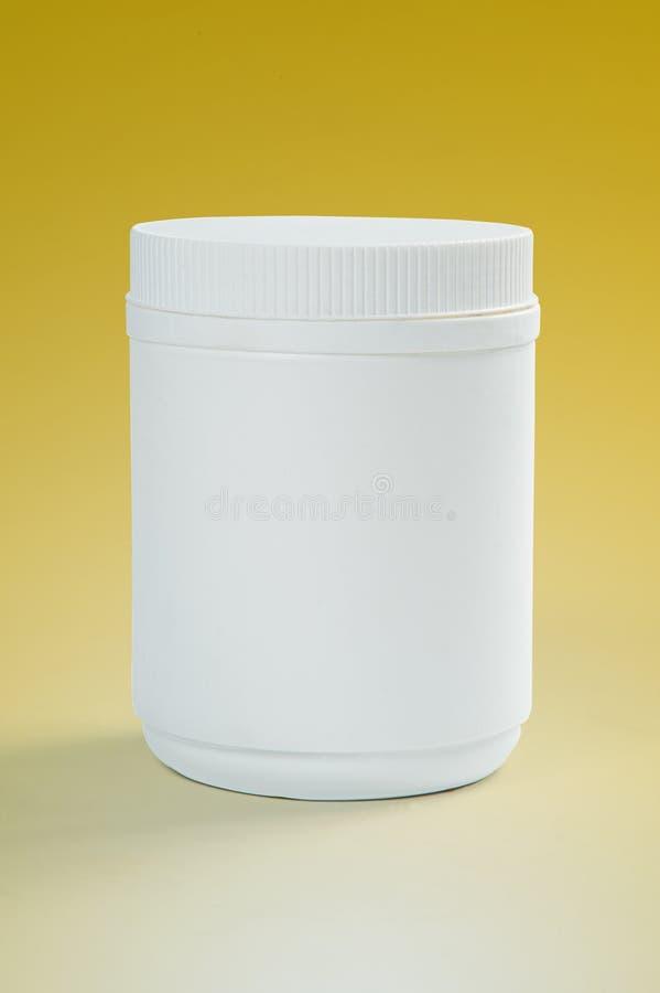 Bottiglia di plastica bianca fotografia stock libera da diritti